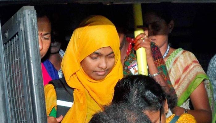 ഹാദിയ-ഷഫിന് വിവാഹം നിയമപരമെന്ന് സുപ്രീംകോടതി